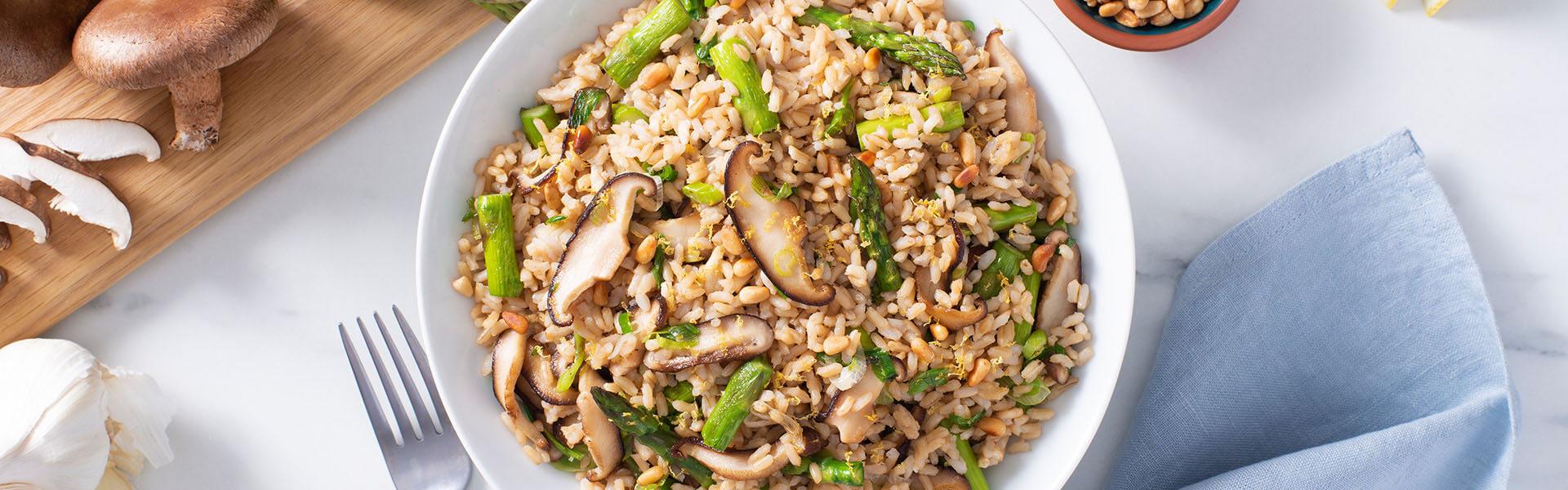 Pilaf de arroz integral y hongos shiitake