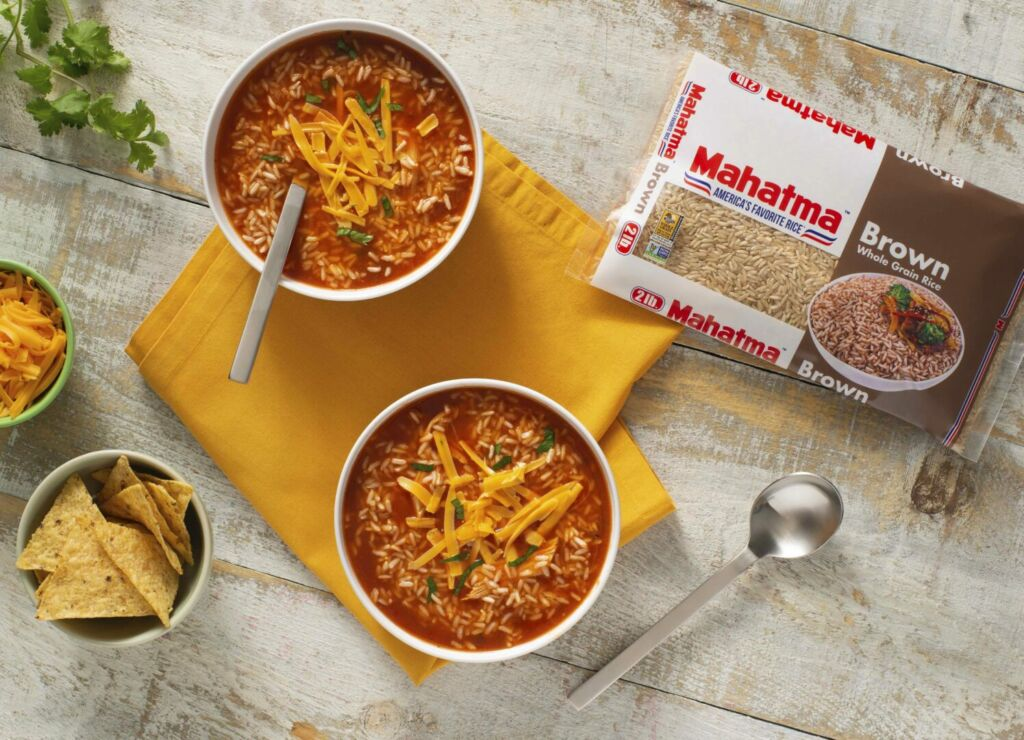 enchilada-soup-with-chicken-and-brown-rice