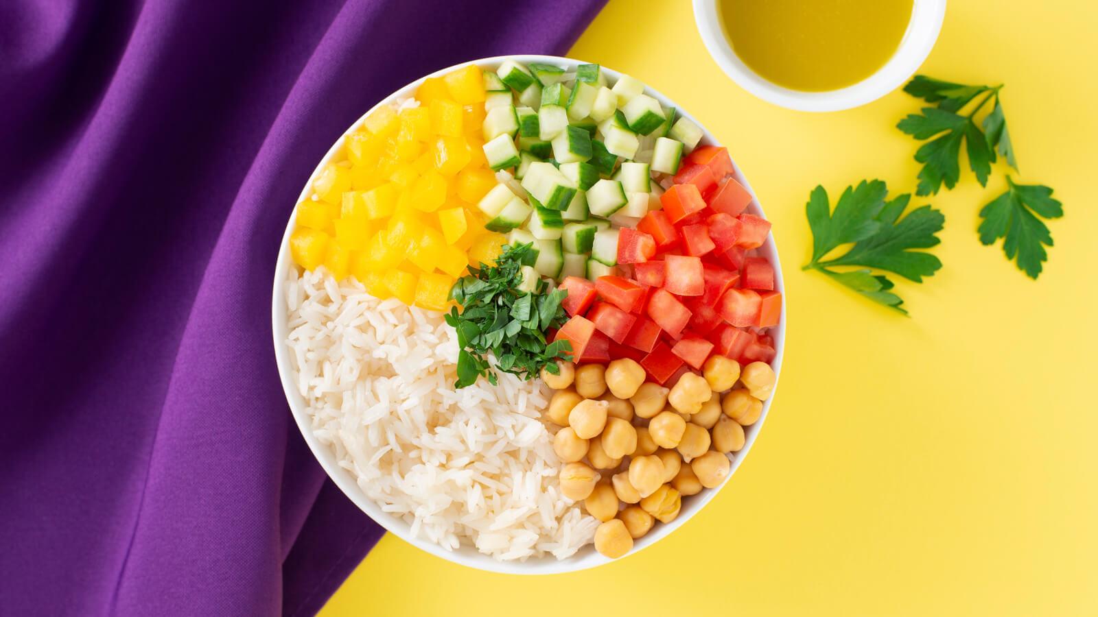 Ensalada de arroz y garbanzos