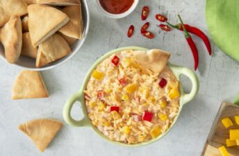 sriracha ranch rice dip with chips