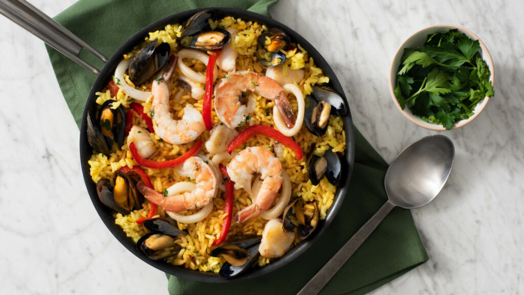 authentic-spanish-paella-with-shripm-mussels-and-red-peppers