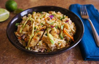 spicy-chicken-and-rice-salad-with-peanut-dressing