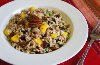 Fruit and rice salad with pecans, mango and brown rice