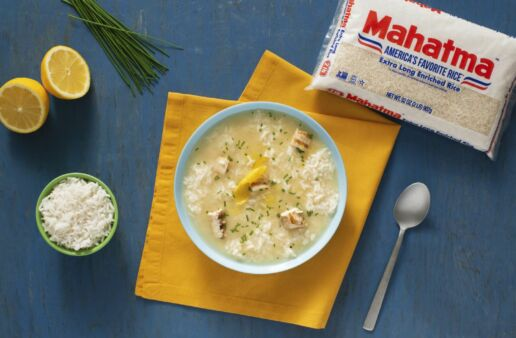 Lemon-velvet-chicken-and-rice-soup-with-white-rice