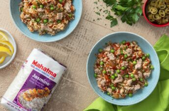 Diced tomato with canned tuna and Jasmine rice