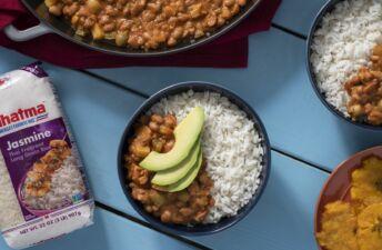 Arroz con habichuelas guisadas rice and beans dish