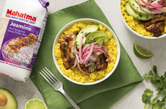Mojo-Chicken-and-Yellow-Rice-Bowl