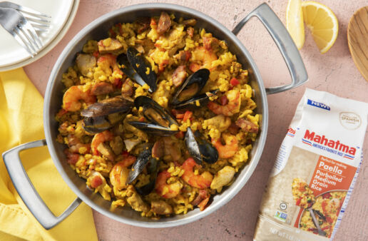 Mexican-inspired paella with seafood