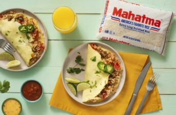 Stuffed-omelet-with-mexican-rice-and-chorizo
