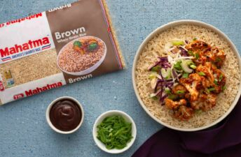 Brown-rice-bowl-with-cauliflower-barbecue-sauce-cabbage-and-celery