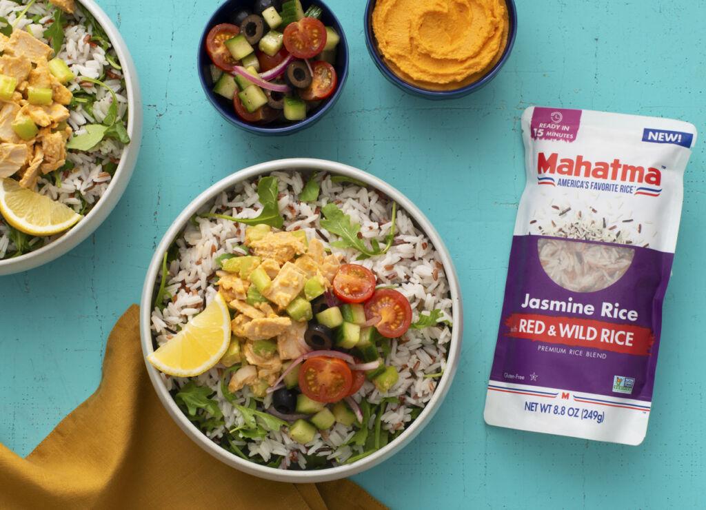 Mediterranean-tuna-and-hummus-rice-bowl