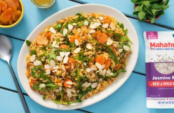 wild-rice-salad-with-moroccan-spices-arugula-dried-apricots-and-mint