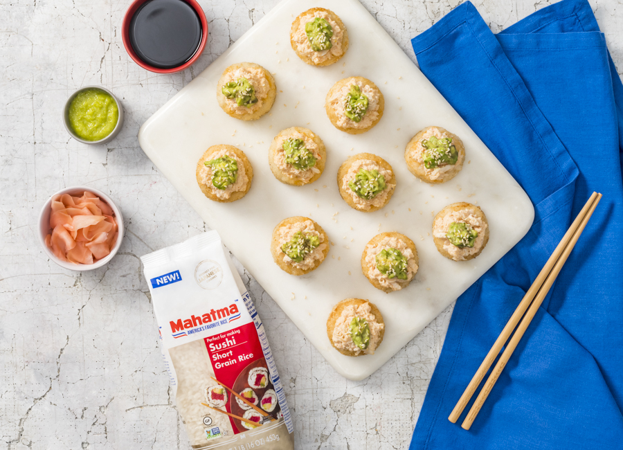 crispy-rice-cakes-made-with-sushi-rice-topped-with-spicy-crab-and-avocado